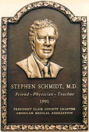 3D Bas Relief Plaques, Custom plaques by Bronze Memorials only sells the highest quality products, customized bronze plaques and full color custom photo plaques